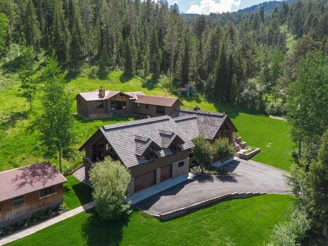 Expansive estate