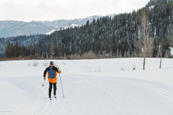 23. Cross Country Skiing