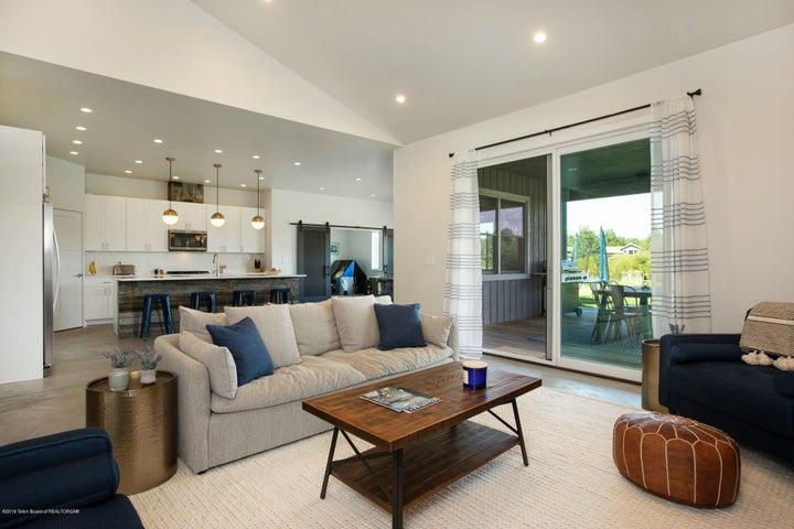 3. Living Room - Kitchen