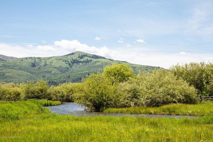 20. Flat Creek Views Alt