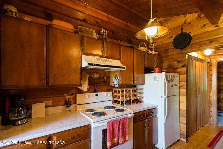 Kitchen II Appliances