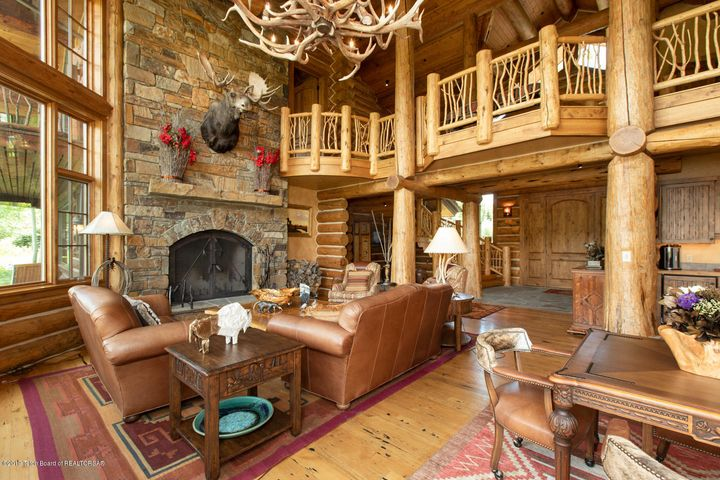 Great Room Fireplace and Sitting Area