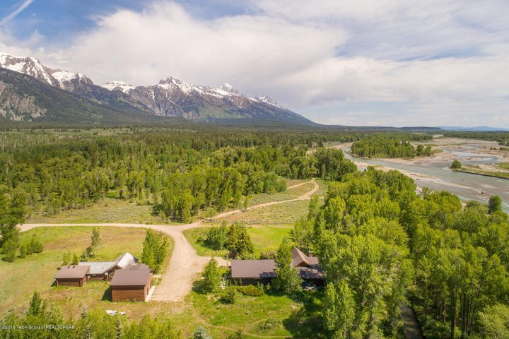 1250 WOODY RD  <br>Teton Village, WY