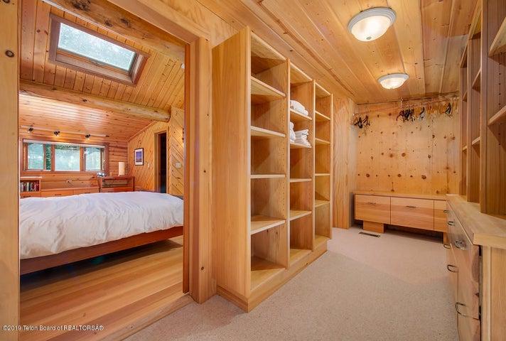 Lewis closet