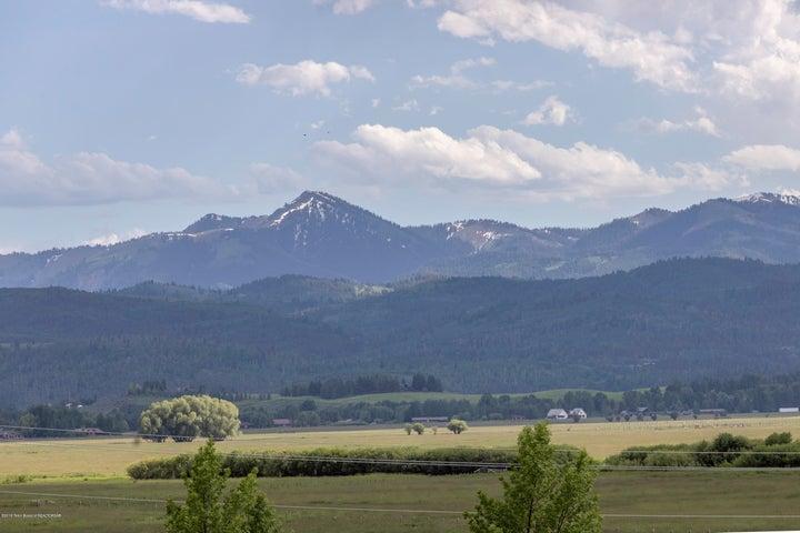 Munger Mountain Views
