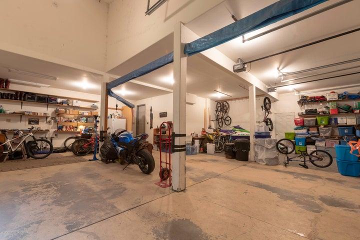 Triple Bay Car Garage