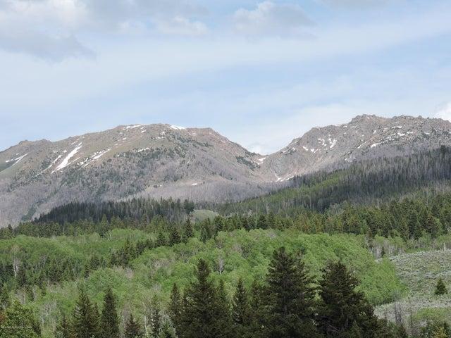 Wind River Range Views to the NE.