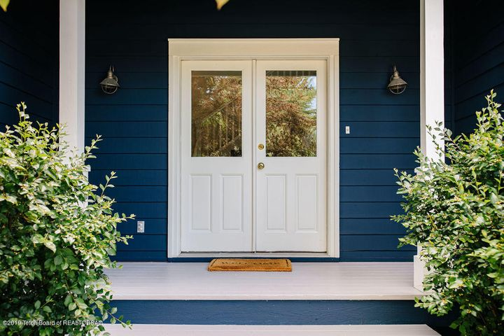 Welcoming Front Steps
