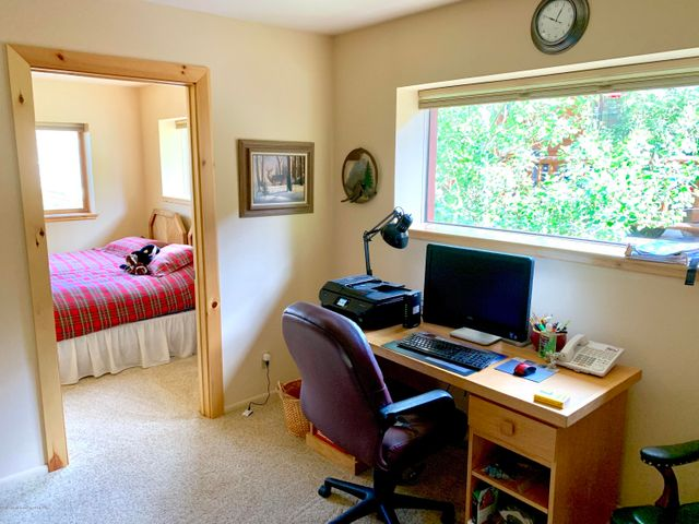 Office Guest Suite