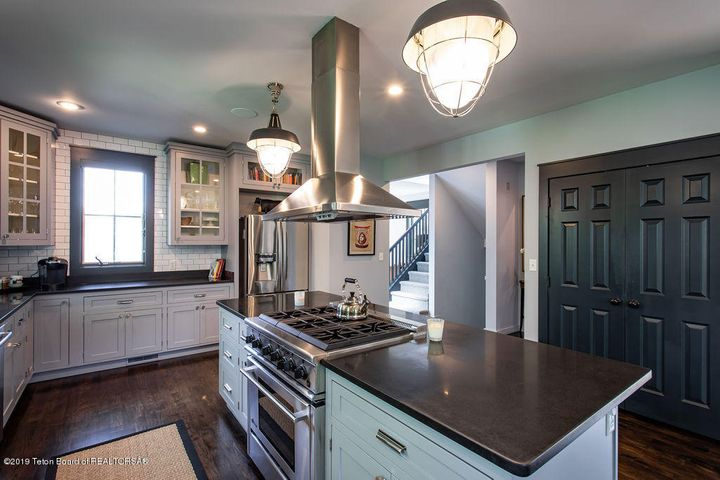 Kitchen to Upstairs