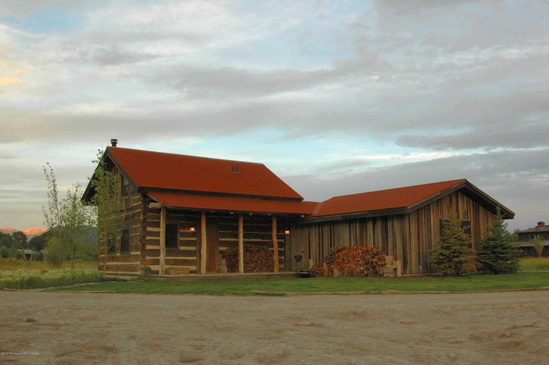 Historic Ohio River Valley Guest Cabin