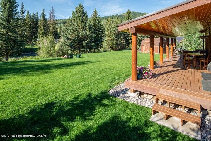 21 Summer Deck, Backyard + River