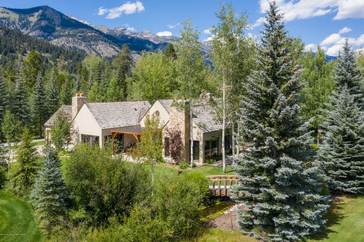 3260 TETON PINES DR <br>Wilson, WY