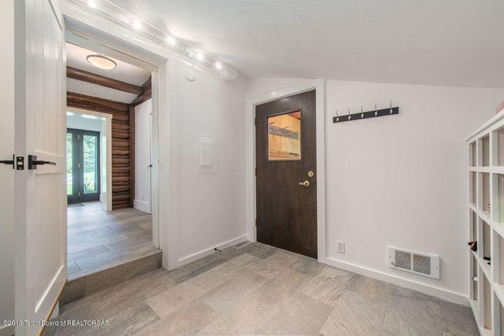 18 Mudroom + Foyer
