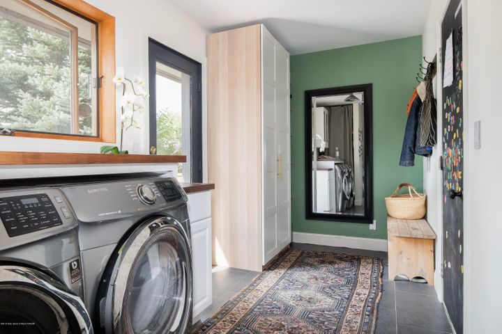 Mudroom-Laundry
