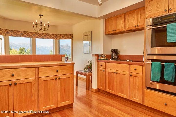 3104 kitchen (2)