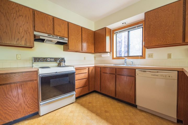 475 kitchen sink (45) range-6335
