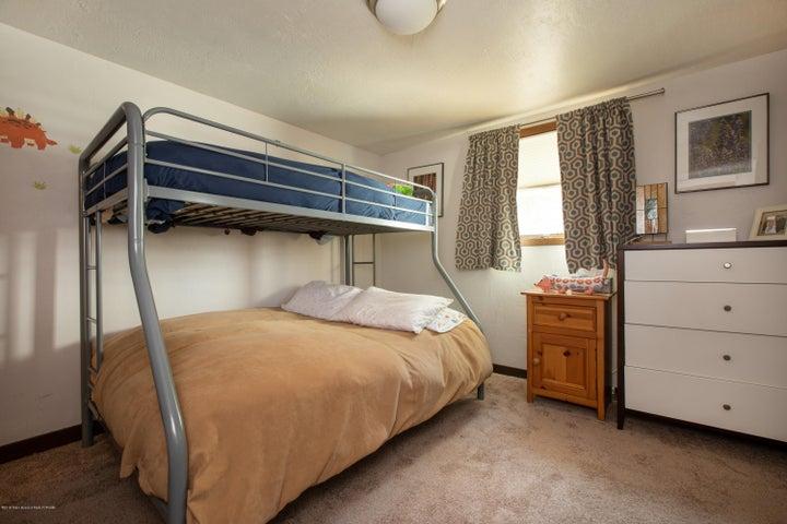 10 - Guest Bedroom 1
