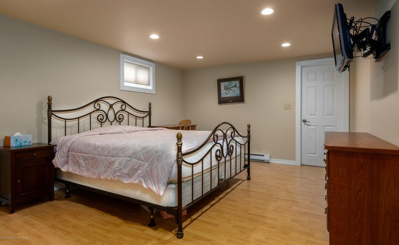 Downstairs Bed 1