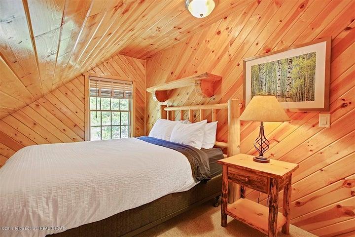Upper Bedroom West