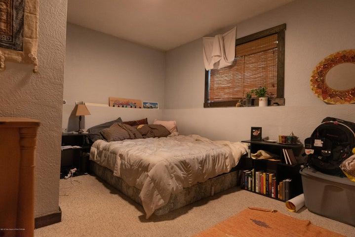 465 bedroom 4 (Albrecht)-7843