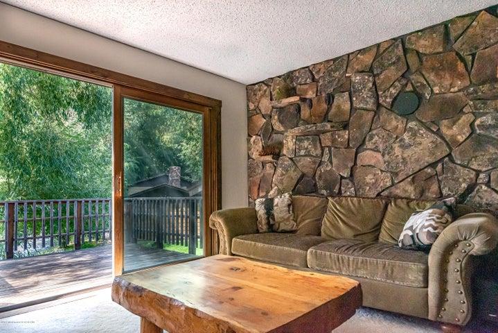 465 livingroom:deck (Albrecht)-7375