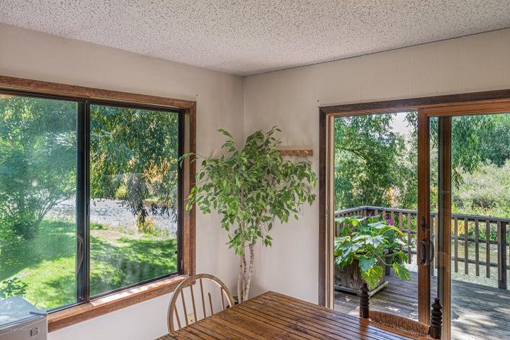 465 dining corner:deck:creek(Albrecht)-7