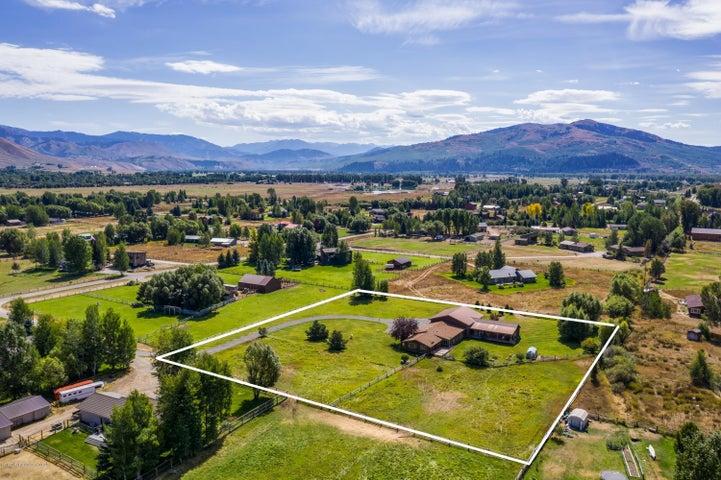2155 S Park Ranch HiRes-15
