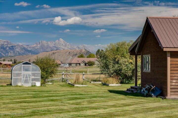 2155 S Park Ranch LoRes-5