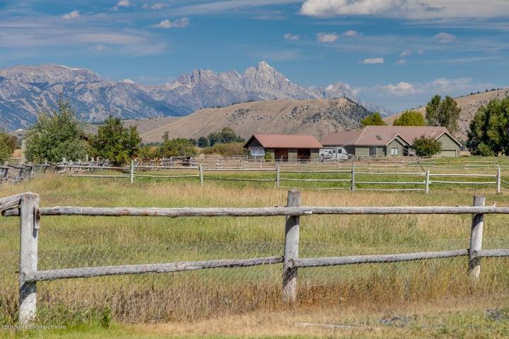 2155 S Park Ranch LoRes-7