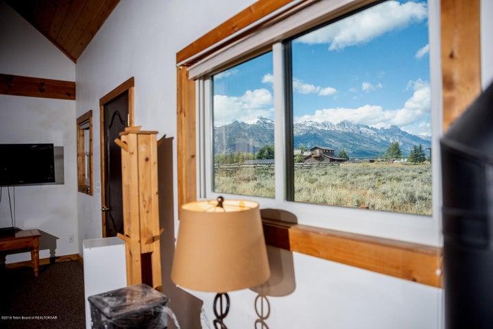 Guest house Teton view