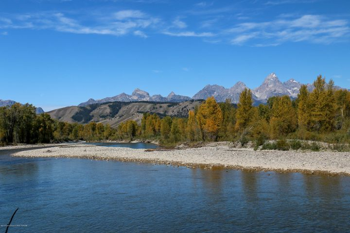 Gros Ventre River Frontage on Site
