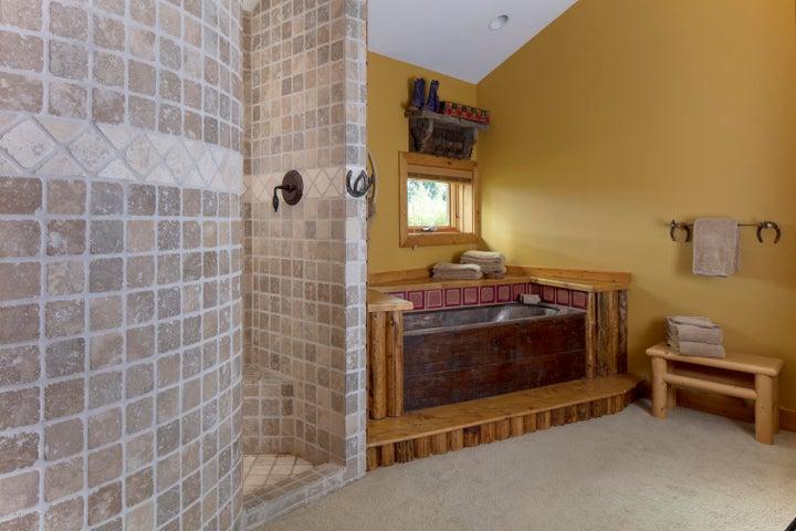 Guest Bath - copper tub 25