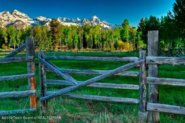 Teton Mtn Range View & Pasture