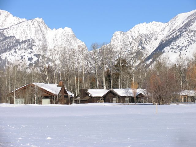 Historic Cabins & Death Canyon