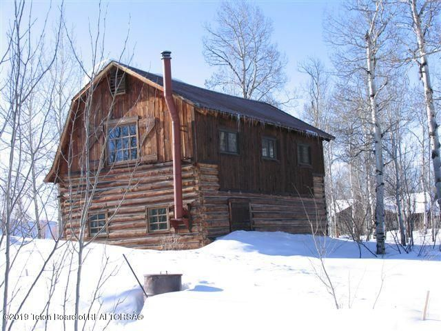 Historic 2-Story Cabin