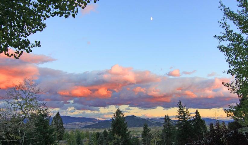11 Sunset View