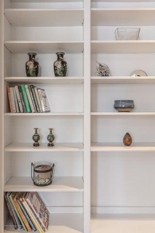 Built In Shelves Detail