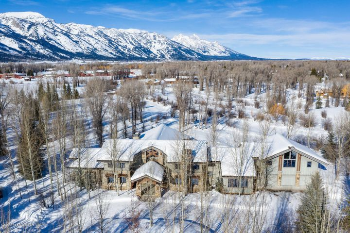 3330 ROCKCRESS ROAD <br>Wilson, WY
