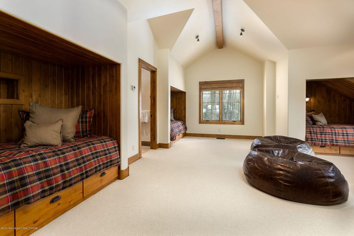 4775 River Hollow Dr.-23-web