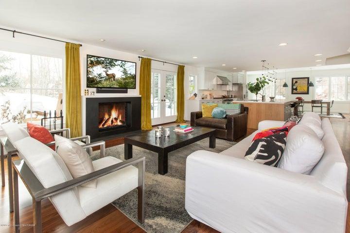 3. Living Room Alt