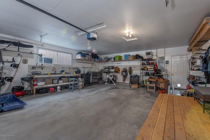 19 garage