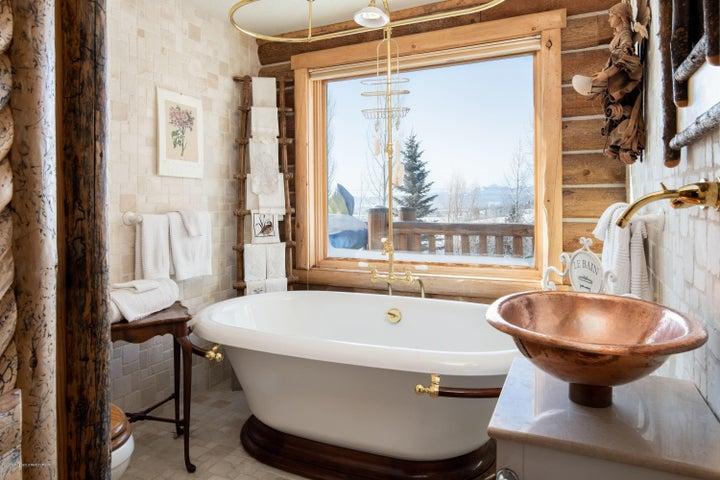 275 N Bar Y Road - Guest Bathroom 1