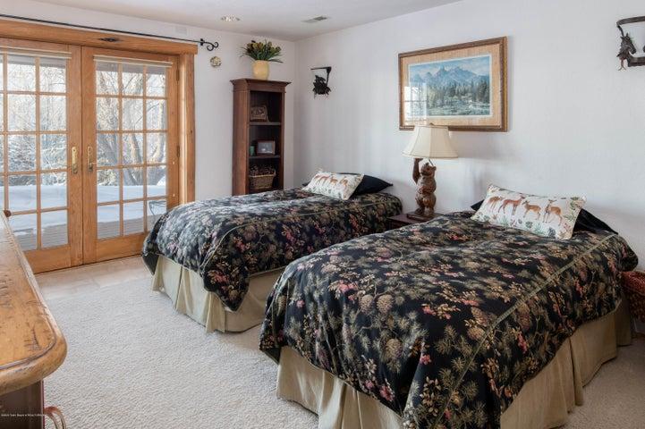 275 N Bar Y Road - Guest Suite