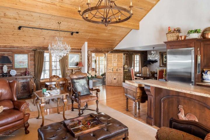 275 N Bar Y Road - Living & Kitchen