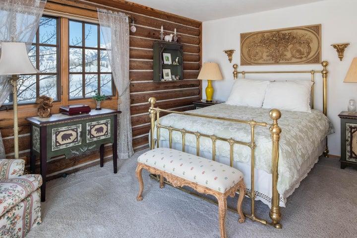 275 N Bar Y Road - Guest Bedroom 1