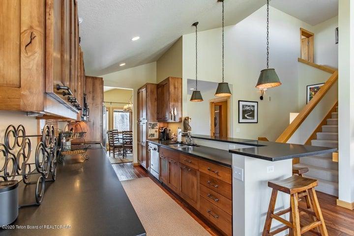 4 Open Kitchen
