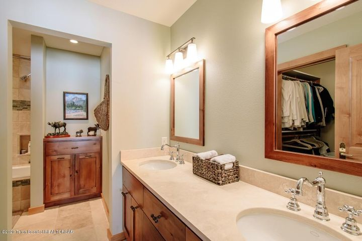 8 Master Bathroom 1