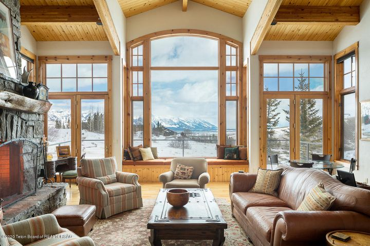 Living room Grand view
