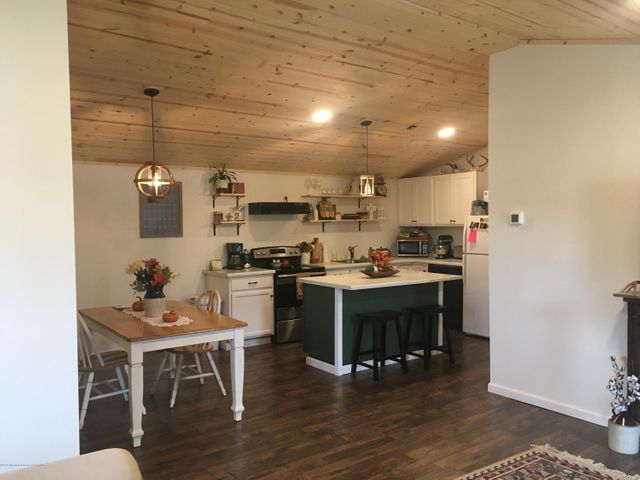 514 S FREMONT AVE, Pinedale, WY 82941